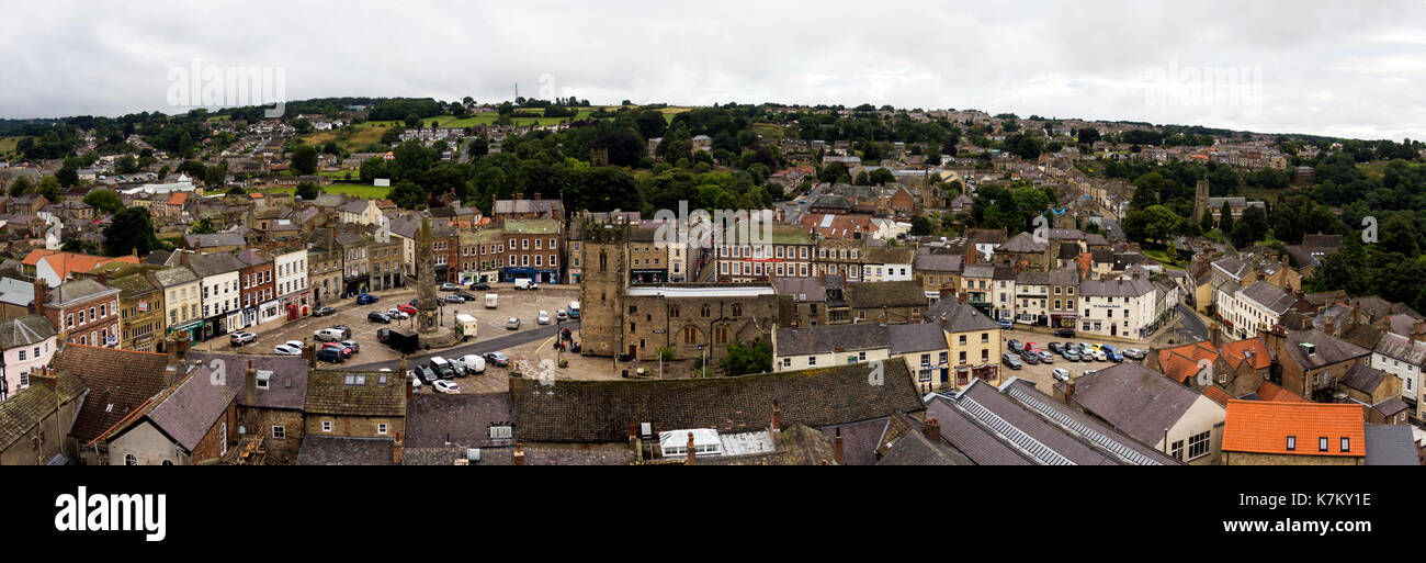 High angle view of of Market Place and the town centre  Richmond, Yorkshire. - Stock Image
