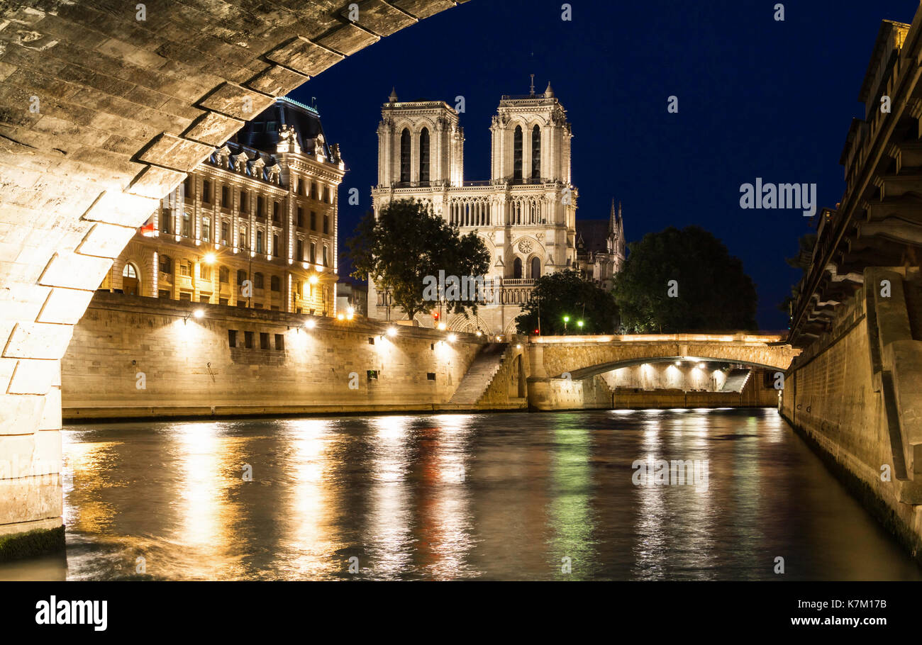 Notre Dame Cathedral at night, Paris, France - Stock Image