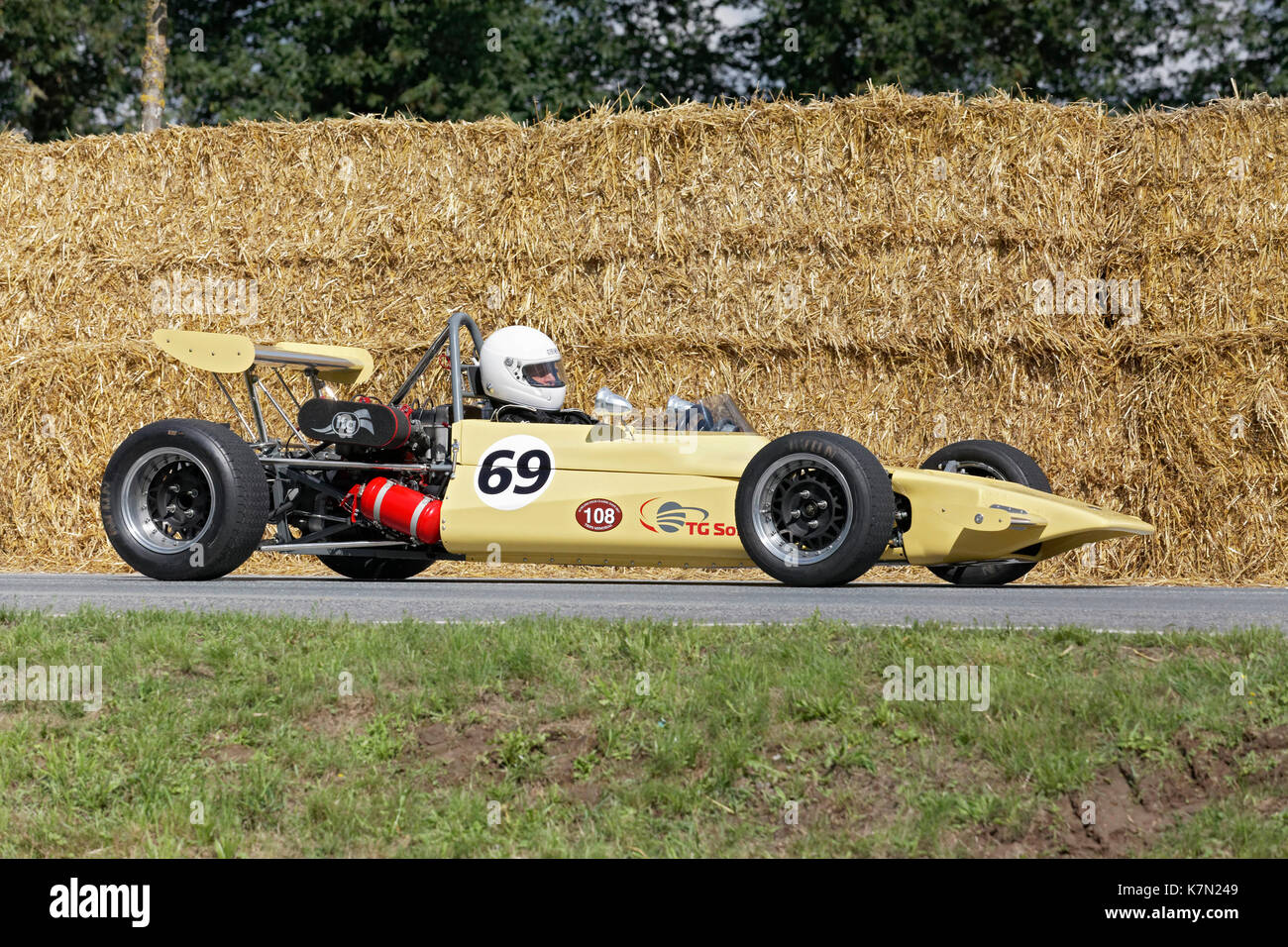Sports Car Racing Lotus Stock Photos & Sports Car Racing Lotus Stock ...