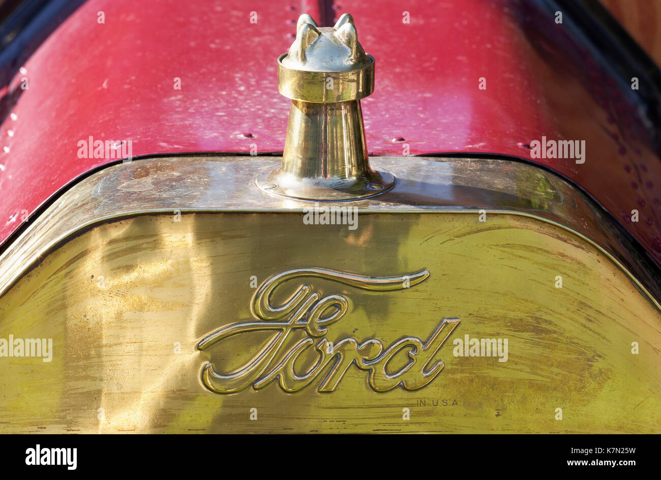 Historic Brass Cooler with Ford logo, Ford Model T, US vintage car from 1912, Classic Days Schloss Dyck, Jüchen Stock Photo