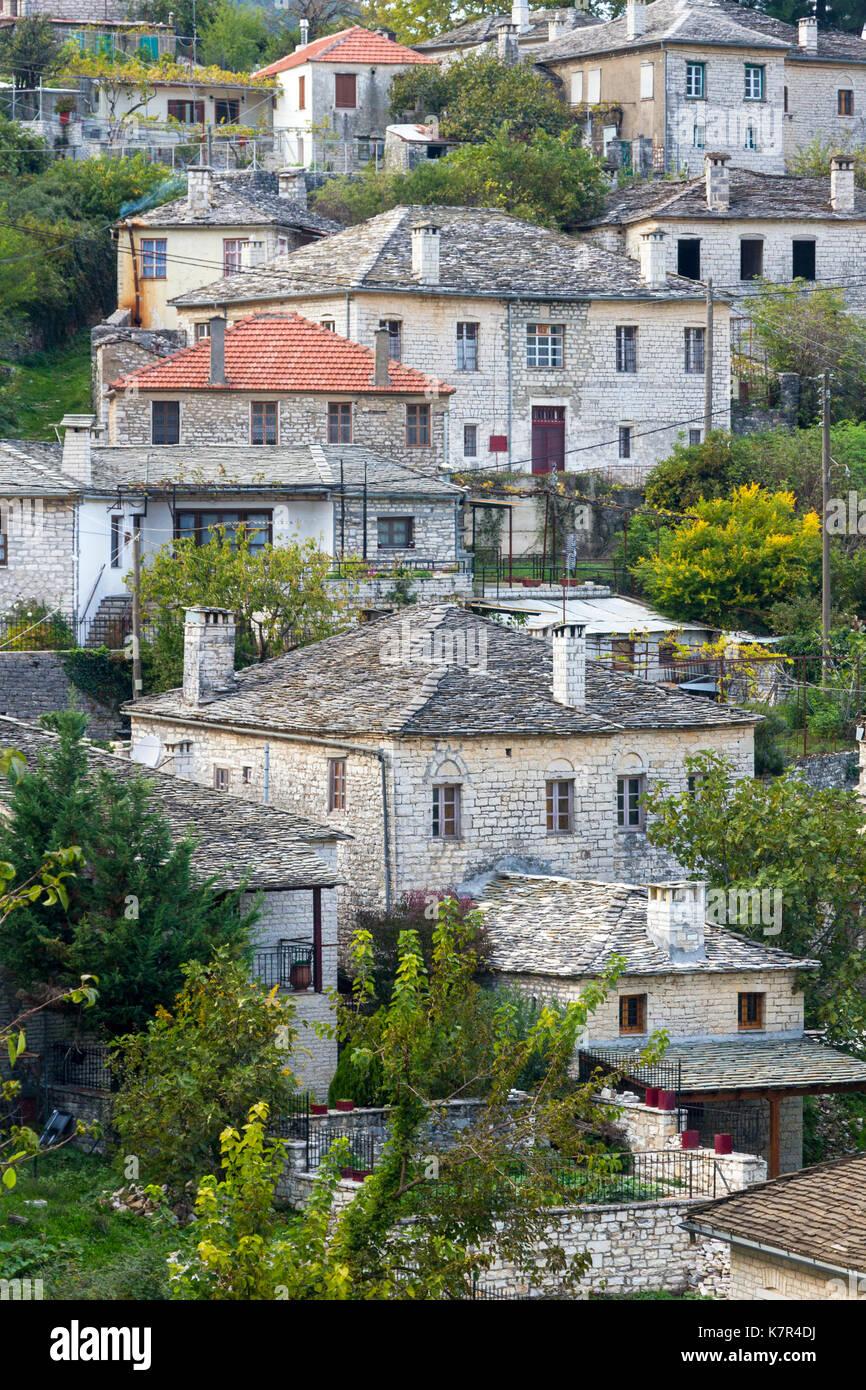 The village of Aristi, in the picturesque region of Zagori, in Epirus region, mountainous Greece. - Stock Image
