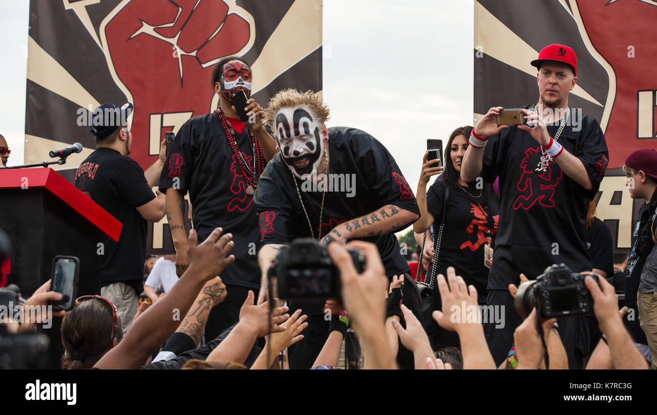 WASHINGTON, DC - September 16, 2017: Violent J (Joseph Bruce) of the music group Insane Clown Posse greet fans at Stock Photo