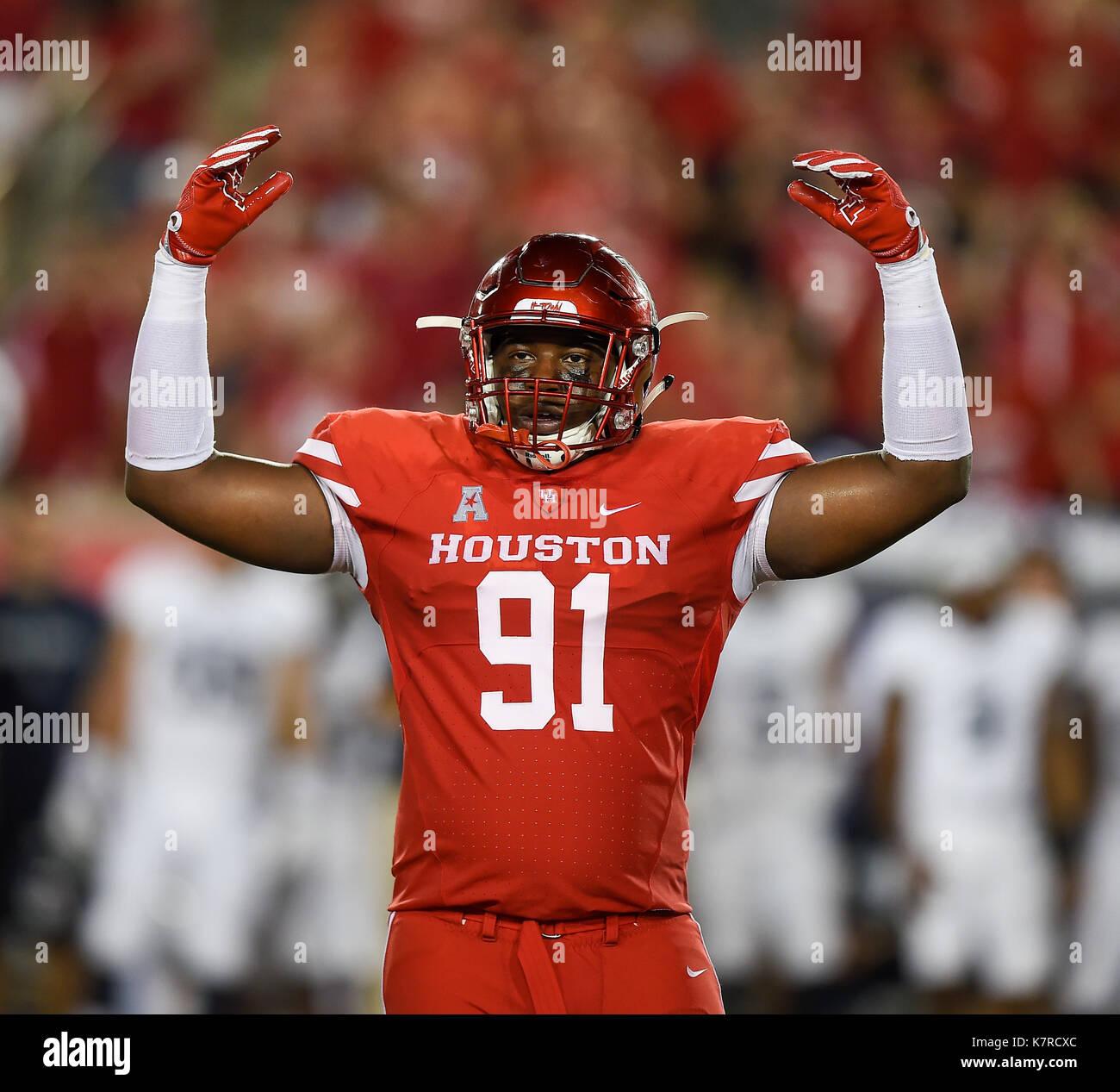 hot sale online c396e 69d85 Houston, TX, USA. 16th Sep, 2017. Houston Cougars defensive ...