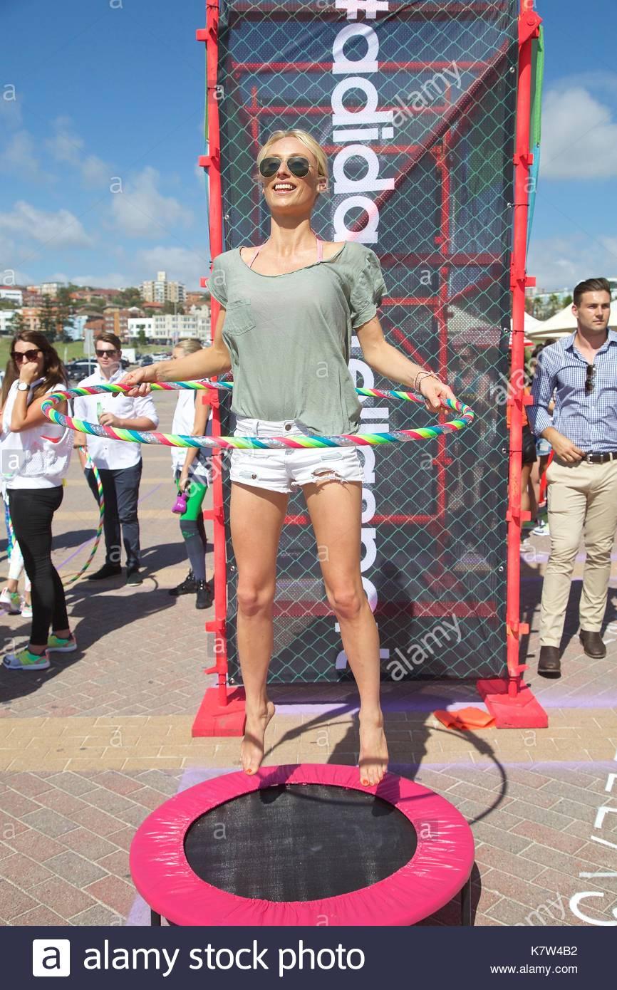 Kate Pendle (Blogger) Una Nuova Serie Di Adidas Azione Ragazze Da Stock Adidas Di 4ca7a1