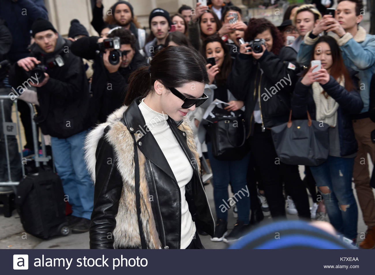 Kendall jenner chanel fashion show 2015 the