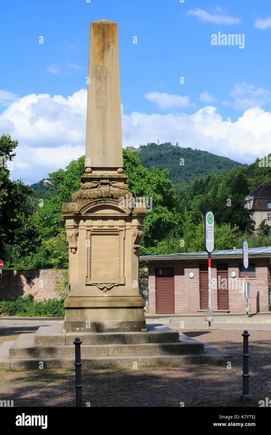 Obelisk, Kriegsdenkmal Baden-Baden Lichtental, am Klosterplatz - Stock Image