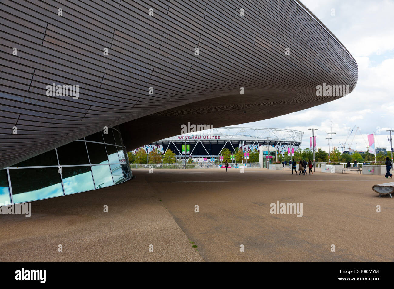 Olympic swimming pool olympic stadium stock photos - Queen elizabeth olympic park swimming pool ...