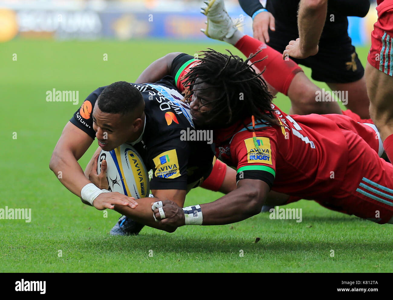 Wasps Marcus Watson tackled by Harlequins Marland Yarde during the Aviva Premiership Rugby match between Wasps RFC v Harlequins F.C on Sunday 17th September 2017 at the Ricoh Arena, Coventry. Credit Leila Coker - Stock Image