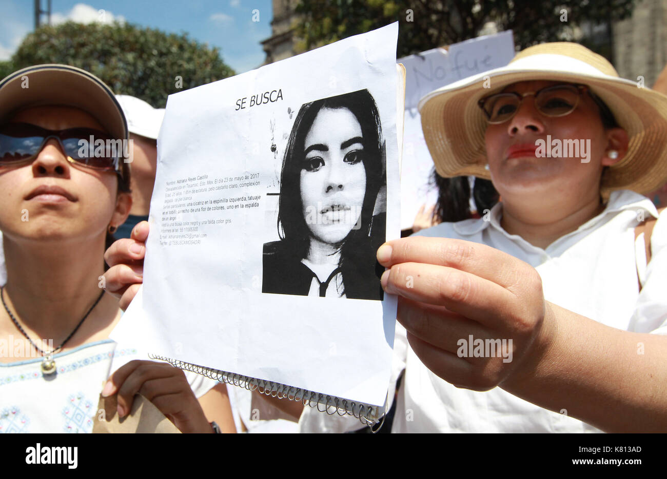 Hundreds of people march through Mexico City, Mexico, 17 September 2017, against the femicides after the commotion that has caused the murder of the young Mara Fernanda Castilla, allegedly raped and strangled by the driver of a Cabify shortly after boarding the vehicle. EFE / Mario Guzman - Stock Image