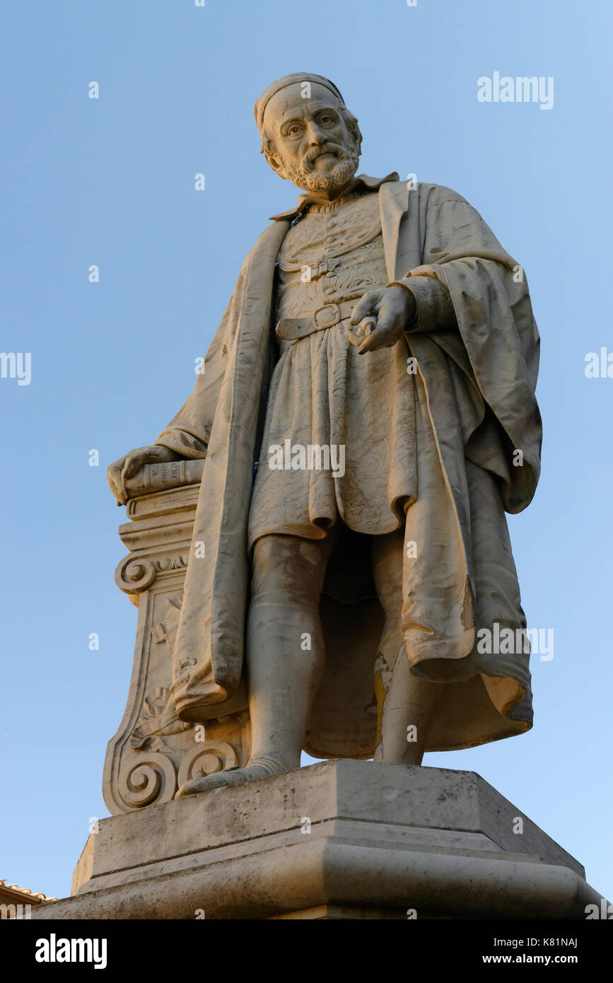 Statue of Girolamo Fabrizio, also Fabrici d' Acquapendente, 1537-1619, Italian anatomist and founder of modern embryology - Stock Image