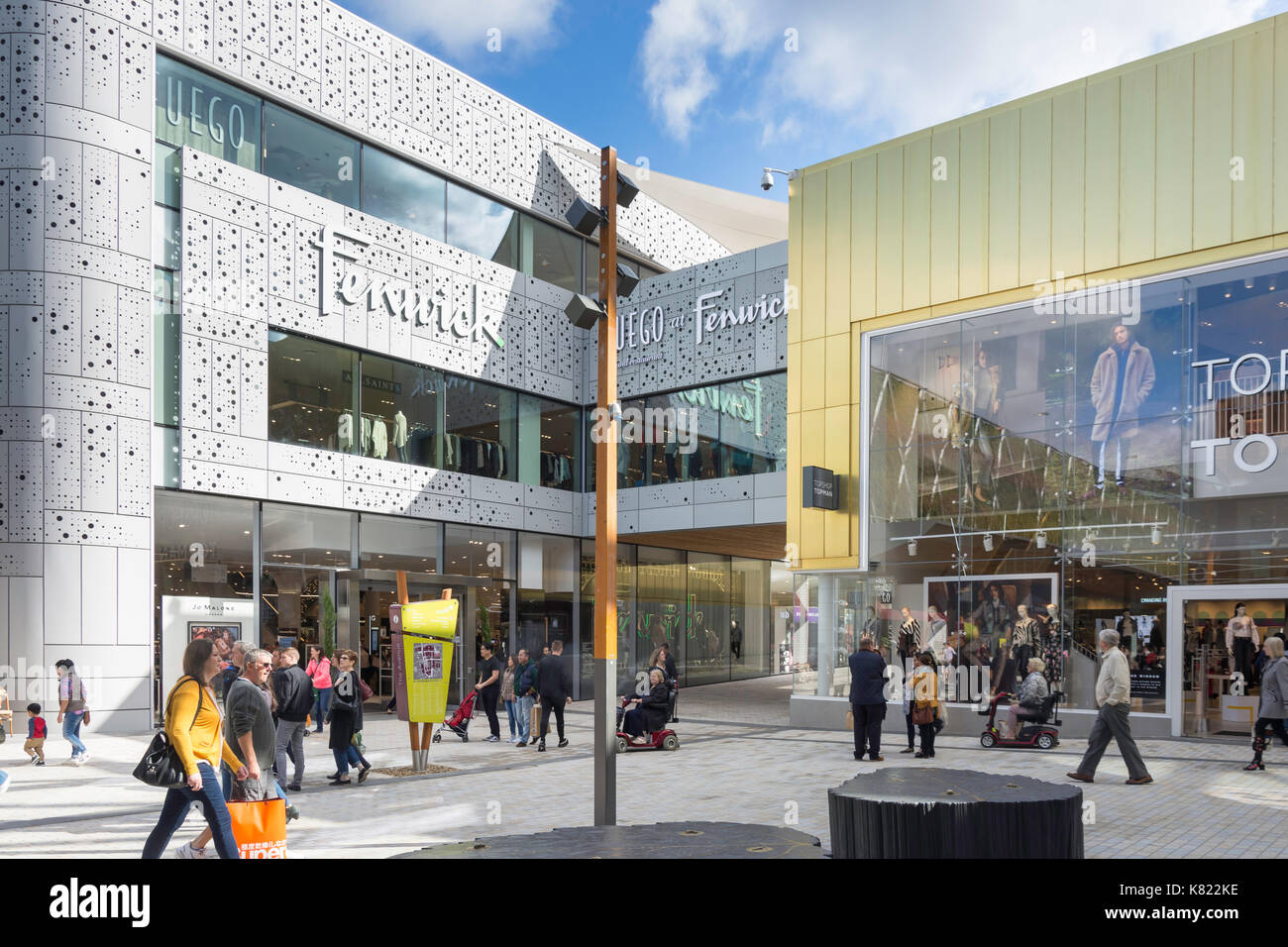 Fenwick and Topshop department stores on The Avenue, The Lexicon, Bracknell, Berkshire, England, United Kingdom - Stock Image