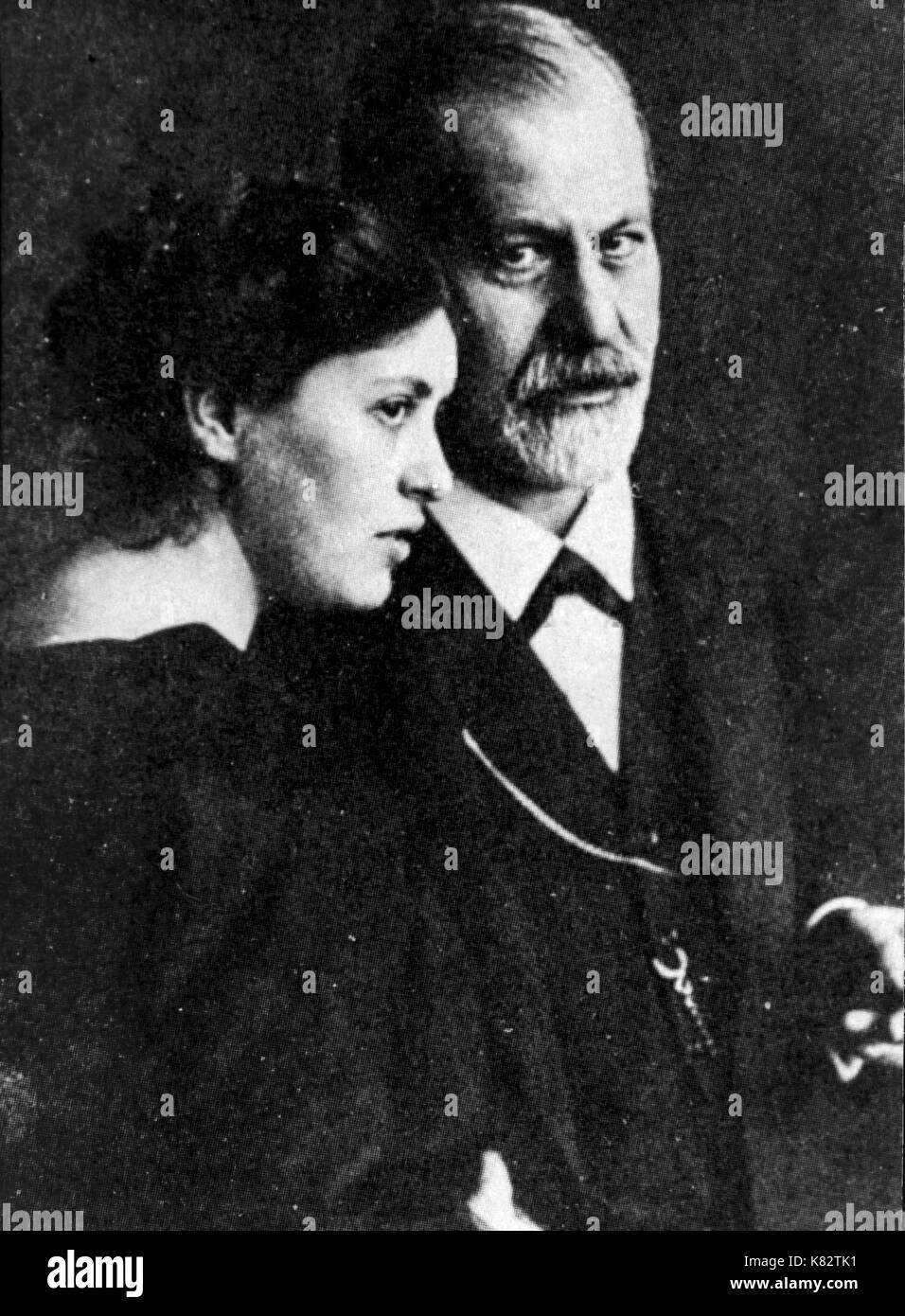 sigmund freud with his daughter sophie, 1910 - Stock Image