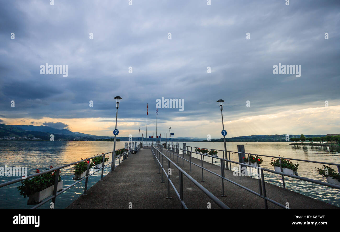 Twilight Sunset view on the Lake Zurich, Rapperswil, Switzerland, Europe. - Stock Image
