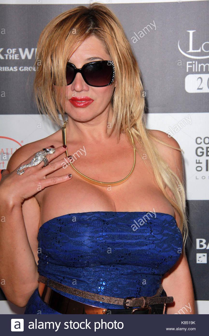 braless Celebrity Nadeea Volianova naked photo 2017