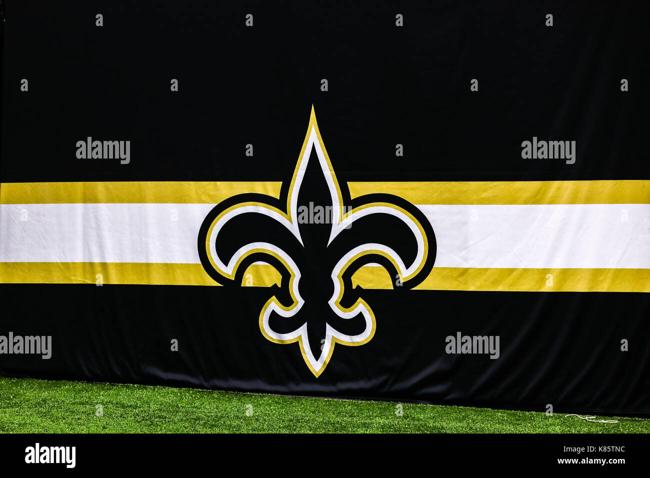 September 17, 2017 - New Orleans Saints logo during the game between the New England Patriots and the New Orleans Saints at the Mercedes-Benz Superdome in New Orleans, LA. New England Patriots won 36-20. Stephen Lew/CSM - Stock Image