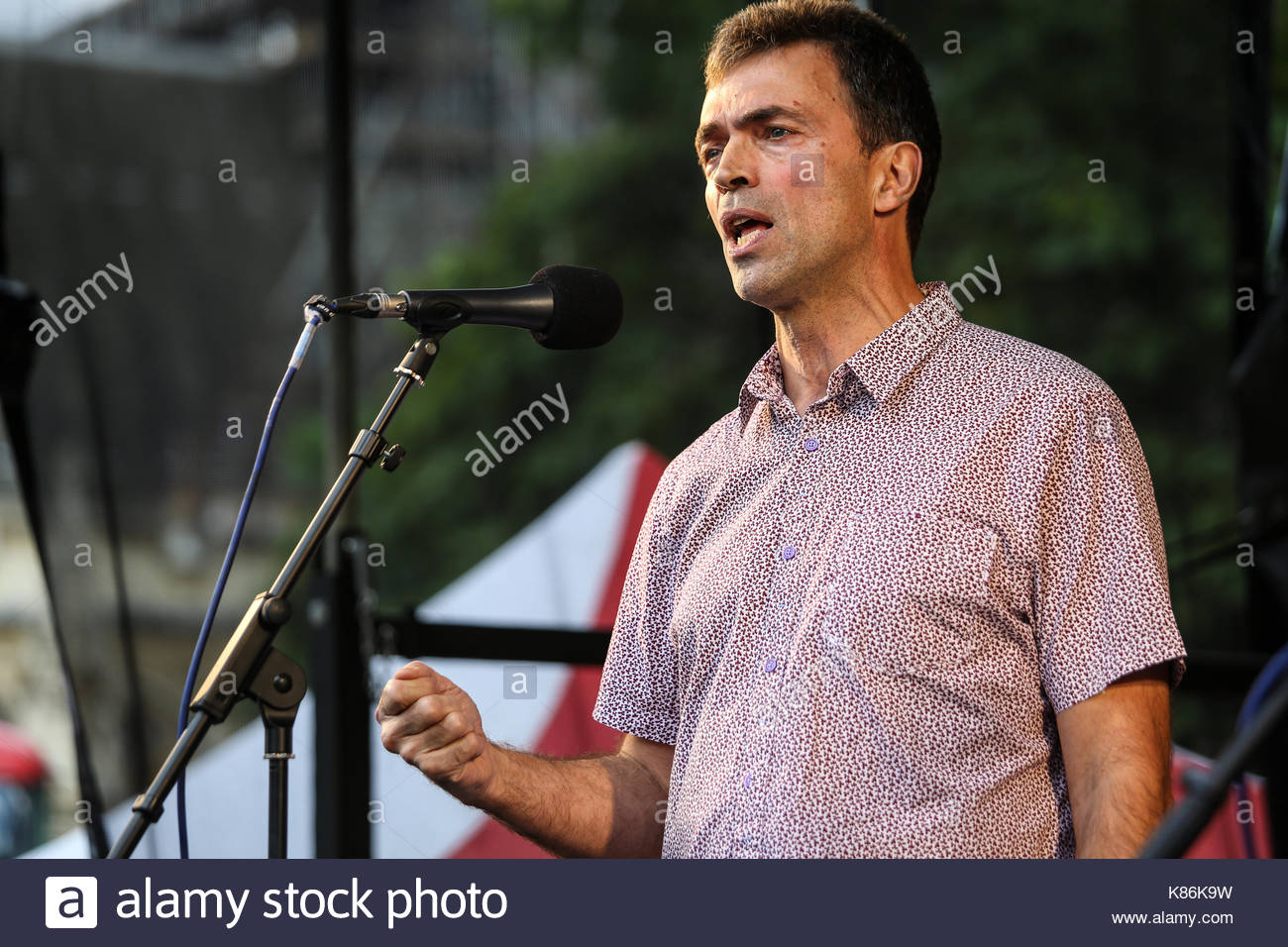 MP Tom Brake speaks at an anti-Brexit pro-EU meeting at Westminster - Stock Image