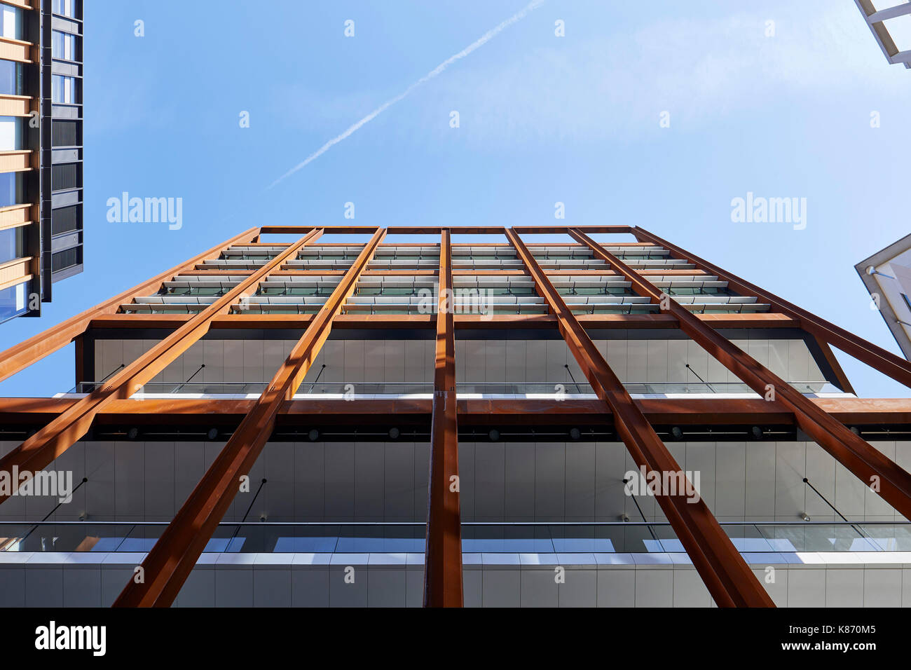 View looking up at the steel girder super structure of the tower. 4 St Pancras Square , Eric Parry Architects. King's Cross Estate, London, United Kin - Stock Image