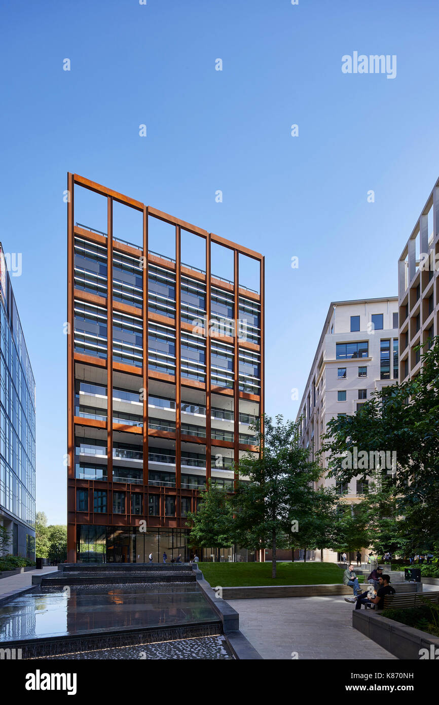 View of the steel tower. 4 St Pancras Square , Eric Parry Architects. King's Cross Estate, London, United Kingdom. Architect: various architects, 2017 - Stock Image