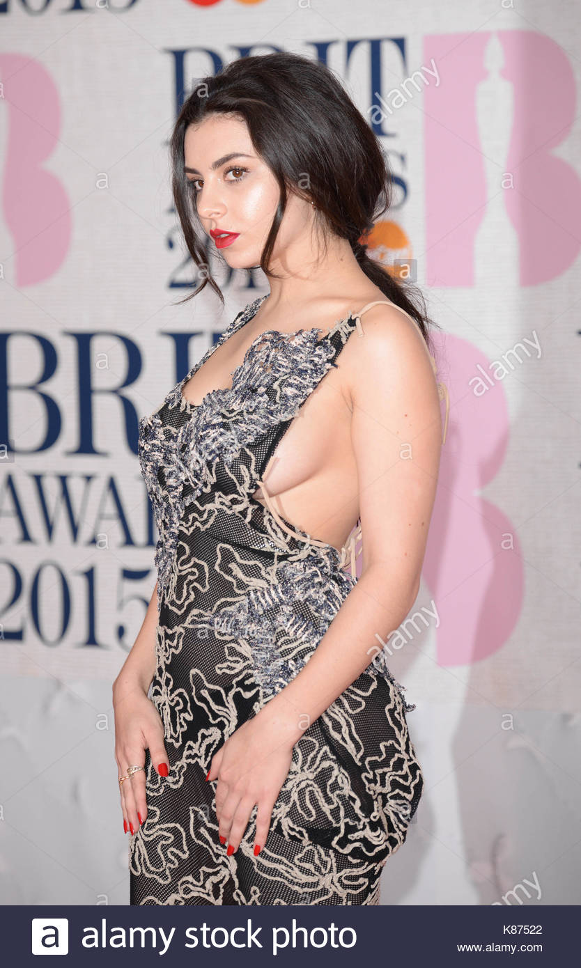 Celebrites Charli XCX nude (34 foto and video), Pussy, Fappening, Boobs, braless 2015