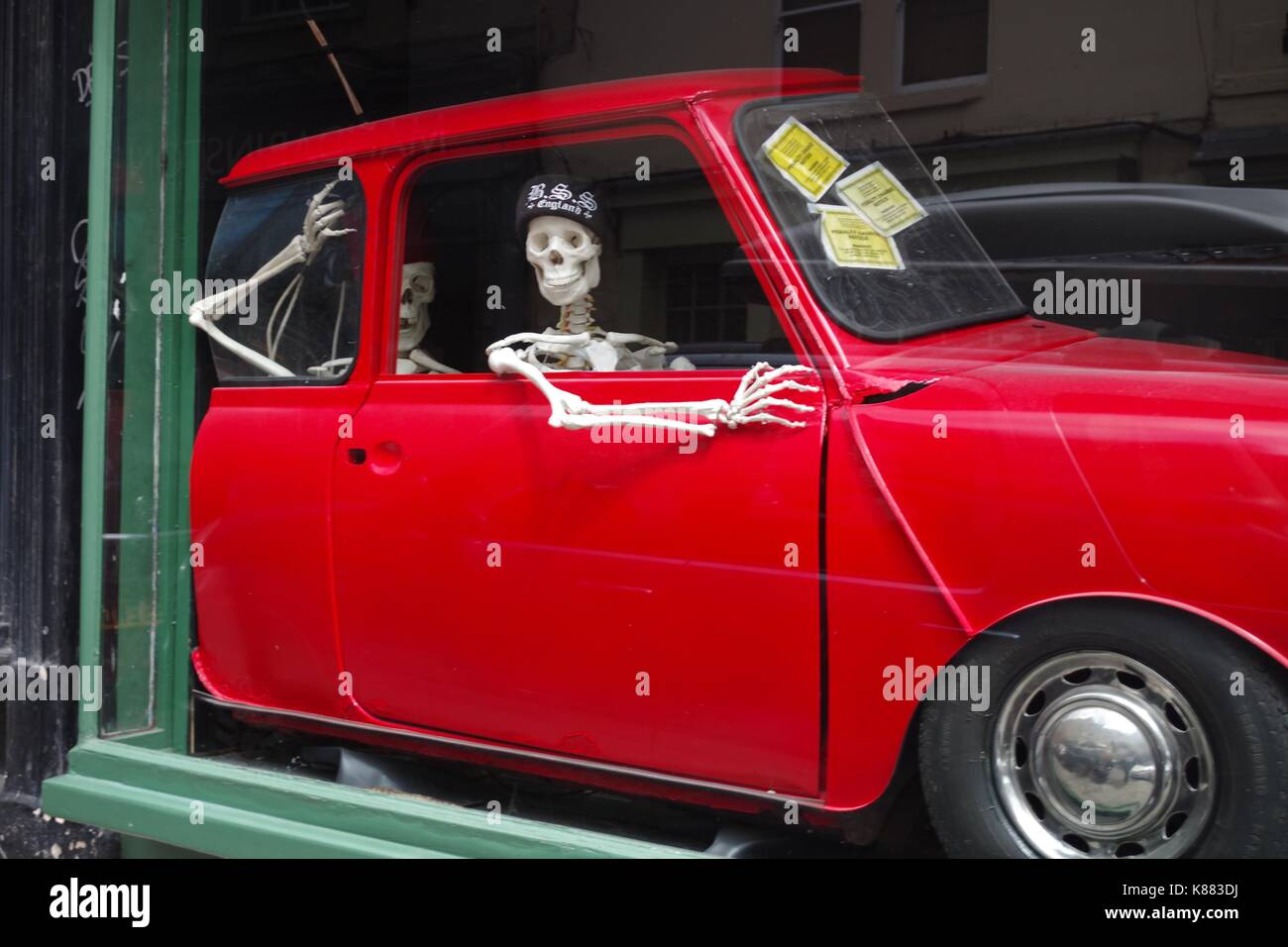 Car Accident Uk Stock Photos Images Alamy Lincoln Town Tattoo Skeletons In A Red Mock Up Parlour Window City Of Bath
