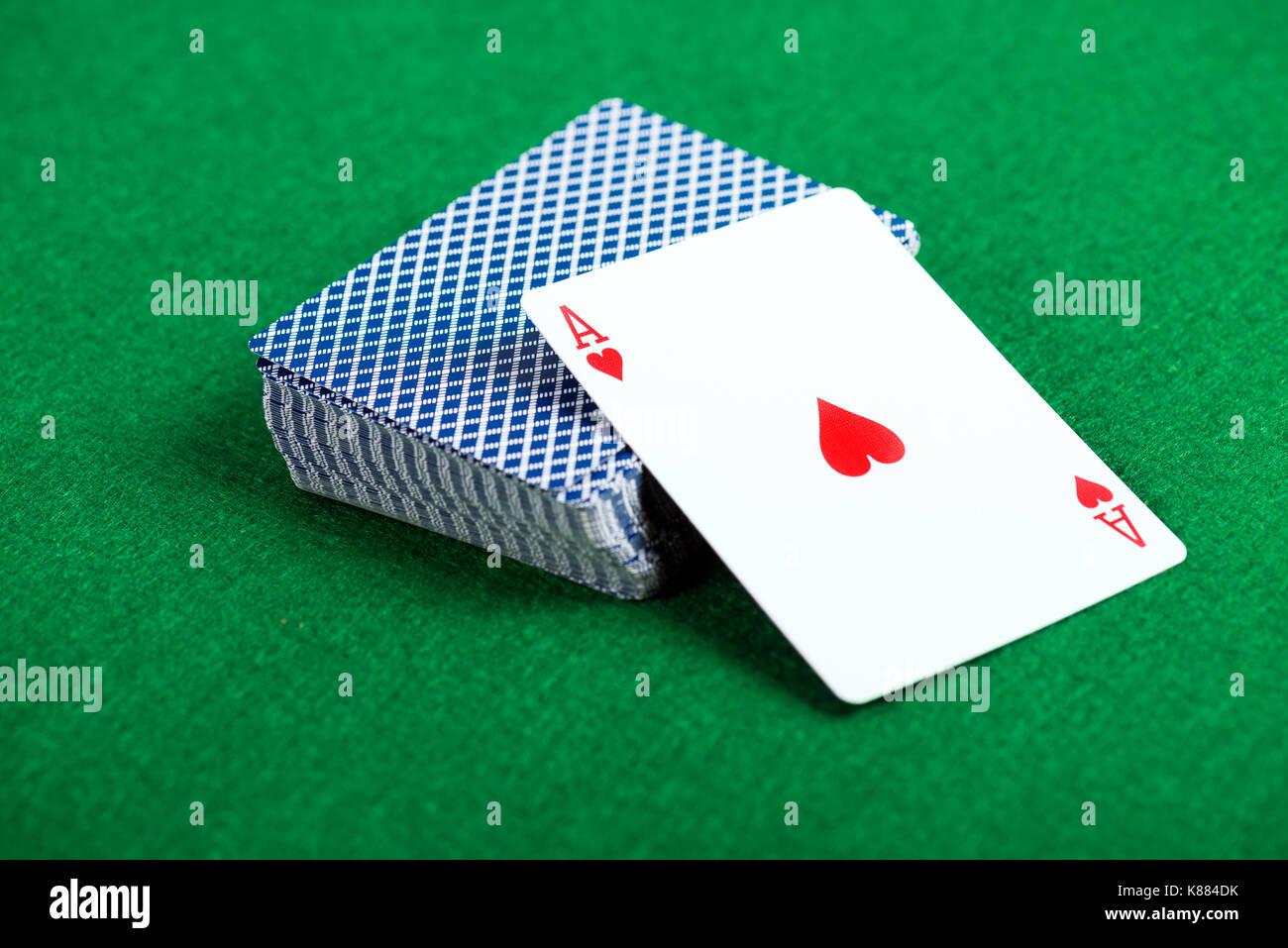 Казино колоды смотреть казино рояль 1080