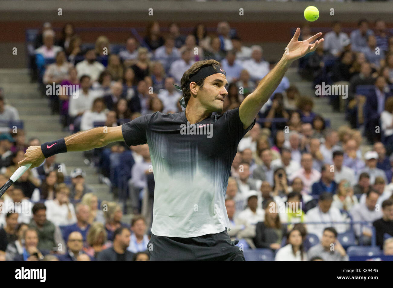 Roger Federer (SWI) competing at the 2017 US Open Tennis Championships - Stock Image