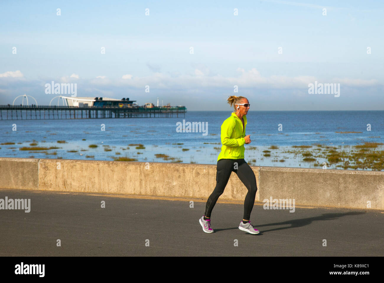Southport, Merseyside. UK Weather. 19th September, 2017. Sunny start to the day on the coast, with bright sunshine - Stock Image