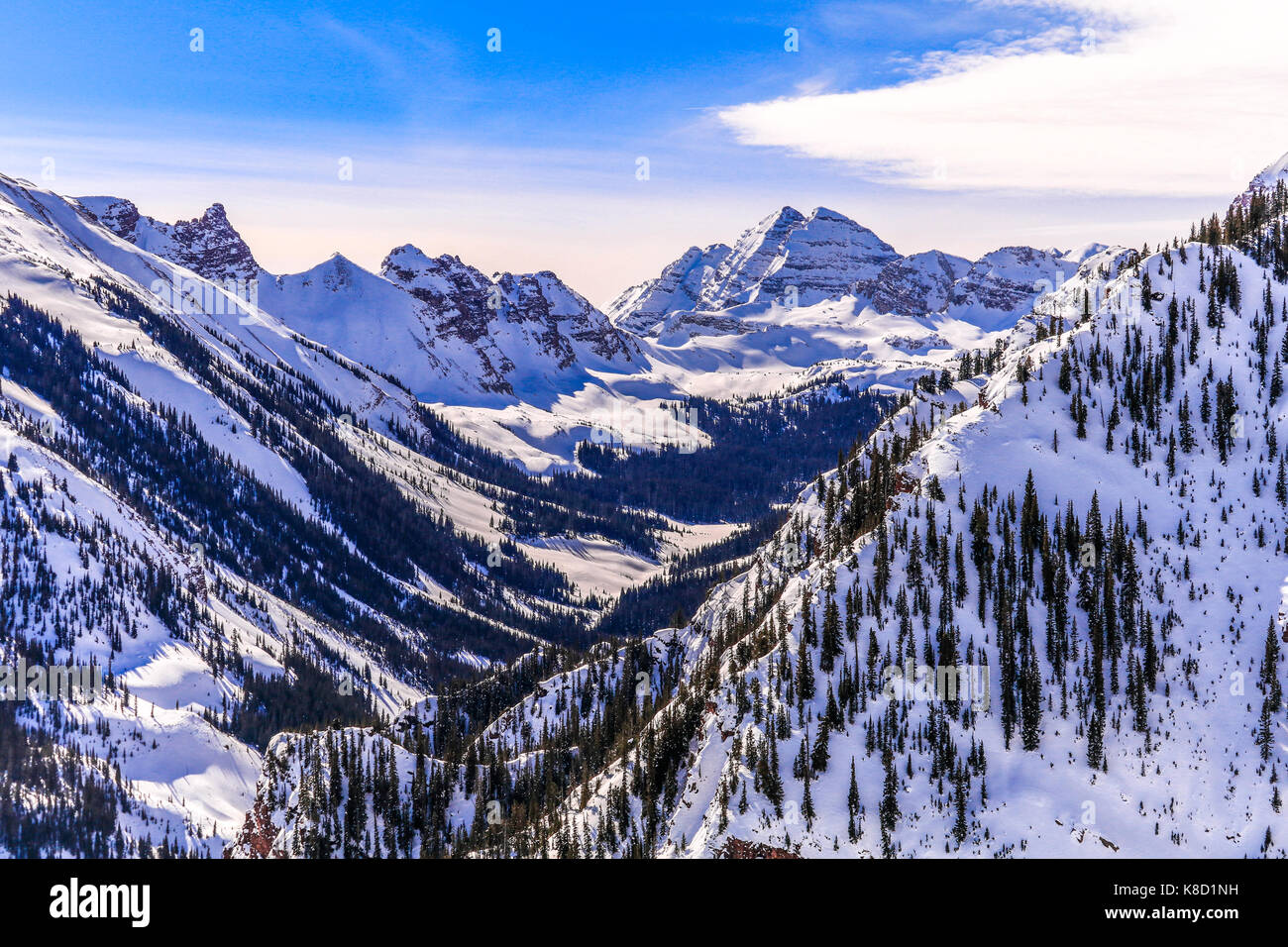 View of the mountain peaks in the Maroon Bells Snowmass