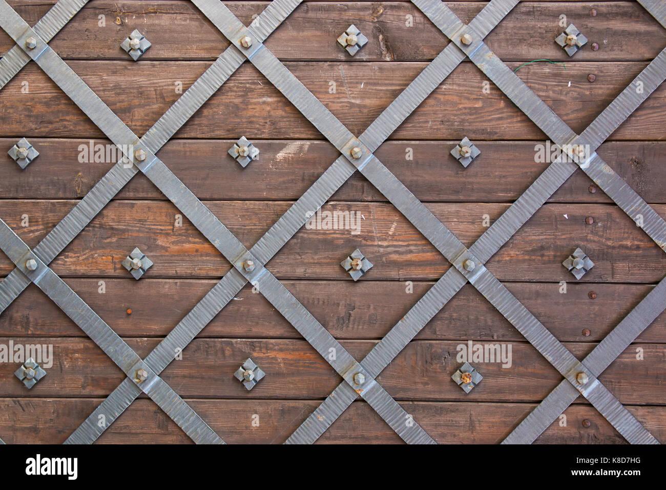 Old castle door texture with faded wood and metal - Stock Image & Metal Castle Door Stock Photos \u0026 Metal Castle Door Stock Images - Alamy