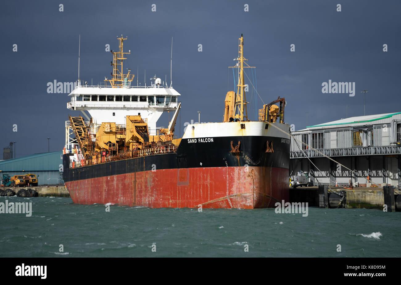 Sand Falcon hopper dredger docked at Southampton port - Stock Image