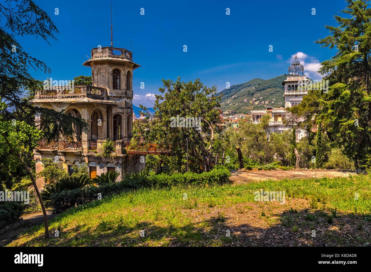 L Arte Di Salire Chiavari la provincia di genova stock photos & la provincia di genova