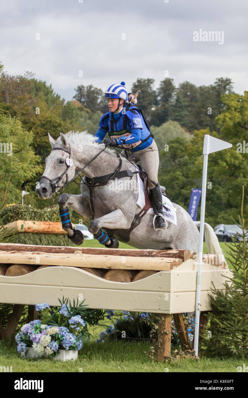 Imogen Murray on Tomgar Jess, SsangYong Blenheim Palace International Horse Trials 16th September 2017 - Stock Image