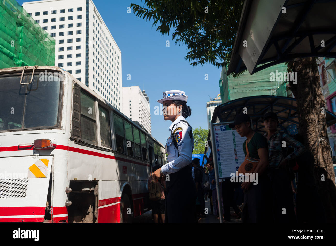 27.01.2017, Yangon, Yangon Region, Republic of the Union of Myanmar, Asia - A female traffic police officer stands - Stock Image