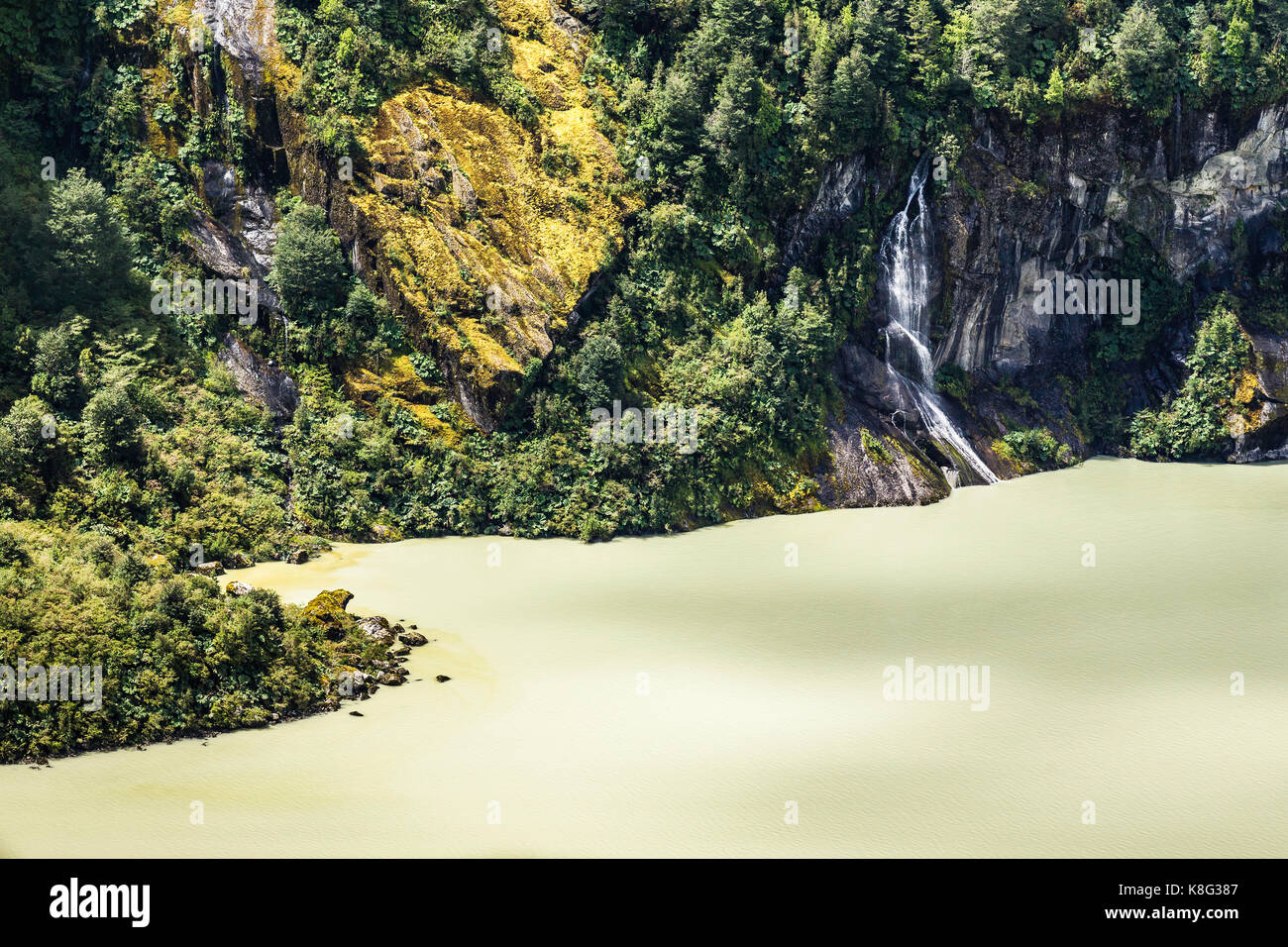 Detail of rocky cliffs and Lake Verde, Queulat National Park, Chile - Stock Image