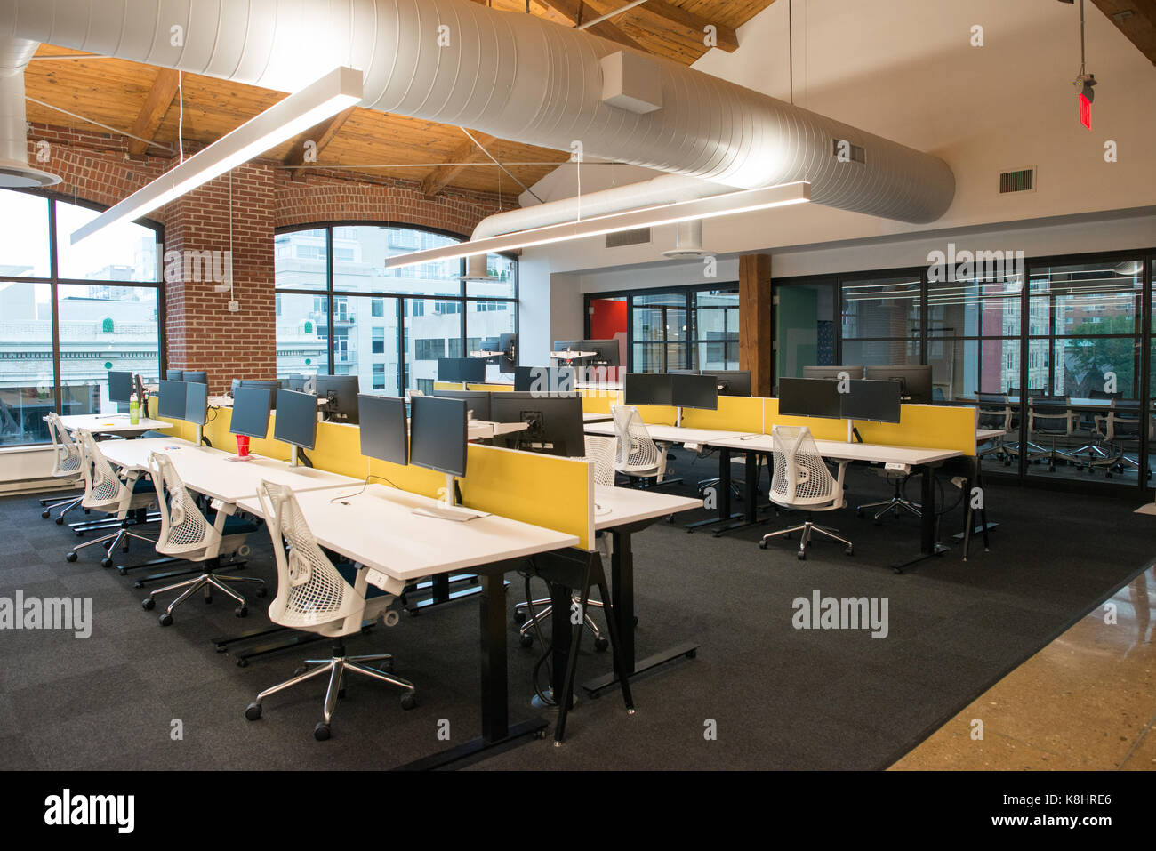 High Quality Trendy Modern Open Concept Loft Office Space With Big Windows, Natural  Light And A Layout To Encourage Collaboration, Creativity And Innovation