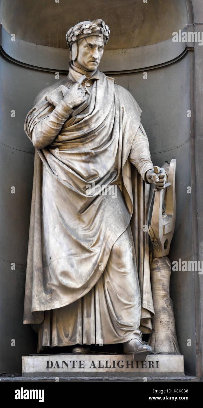 Statue of Dante Alighieri, Durante degli Alighieri 1495 Born 1265, Statesman, poet, language theorist, political, - Stock Image