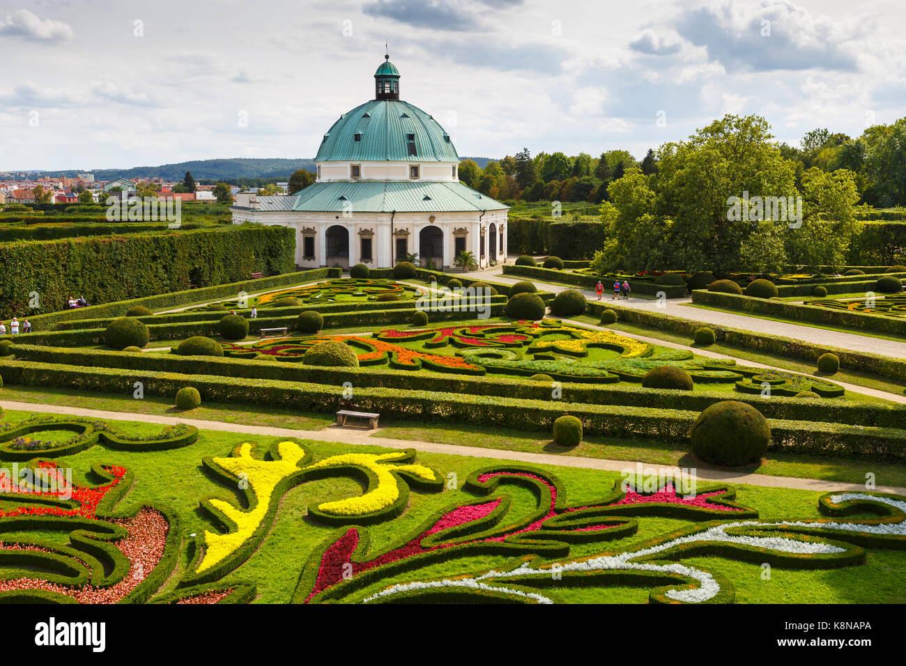 Rotunda in the centre of Baroque garden of Kromeriz, Czech Republic. - Stock Image