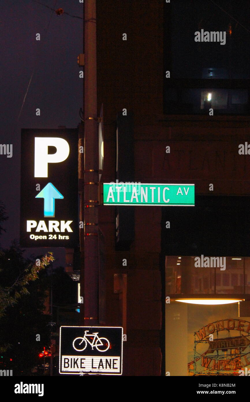 New York, USA - 28 September, 2016: Street Sign for Atlantic Avenue an important street in the New York City boroughs - Stock Image