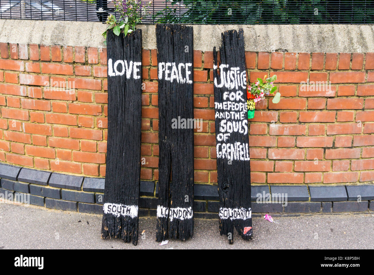 A sign in Crystal Palace expresses solidarity with the people of Grenfell Tower involved in the fire of June 2017 - Stock Image