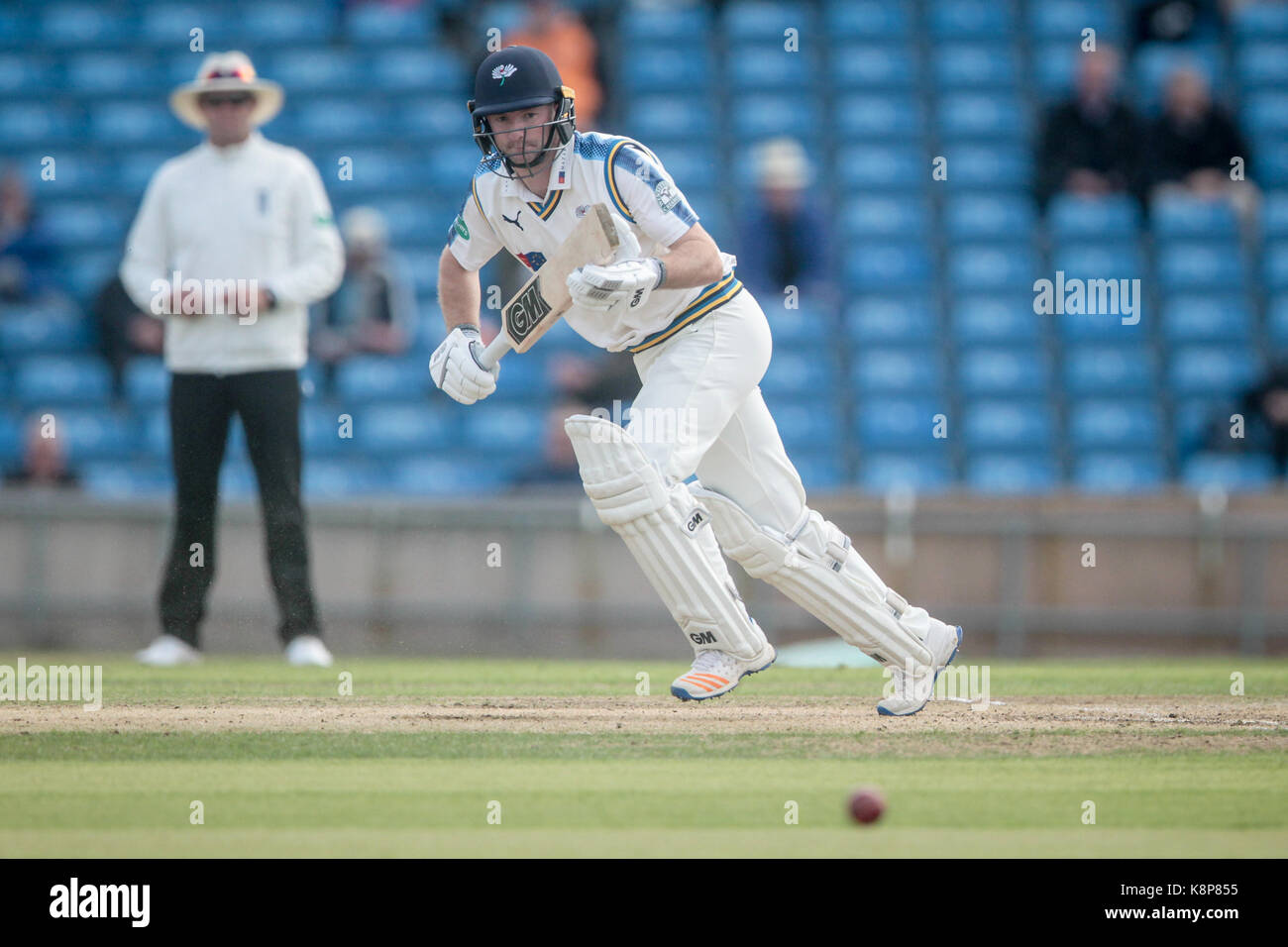 Leeds, UK. 20th Sep, 2017. Yorkshire CCC v Warwickshire CCC on Wednesday 20 September 2017 at Specsavers County - Stock Image