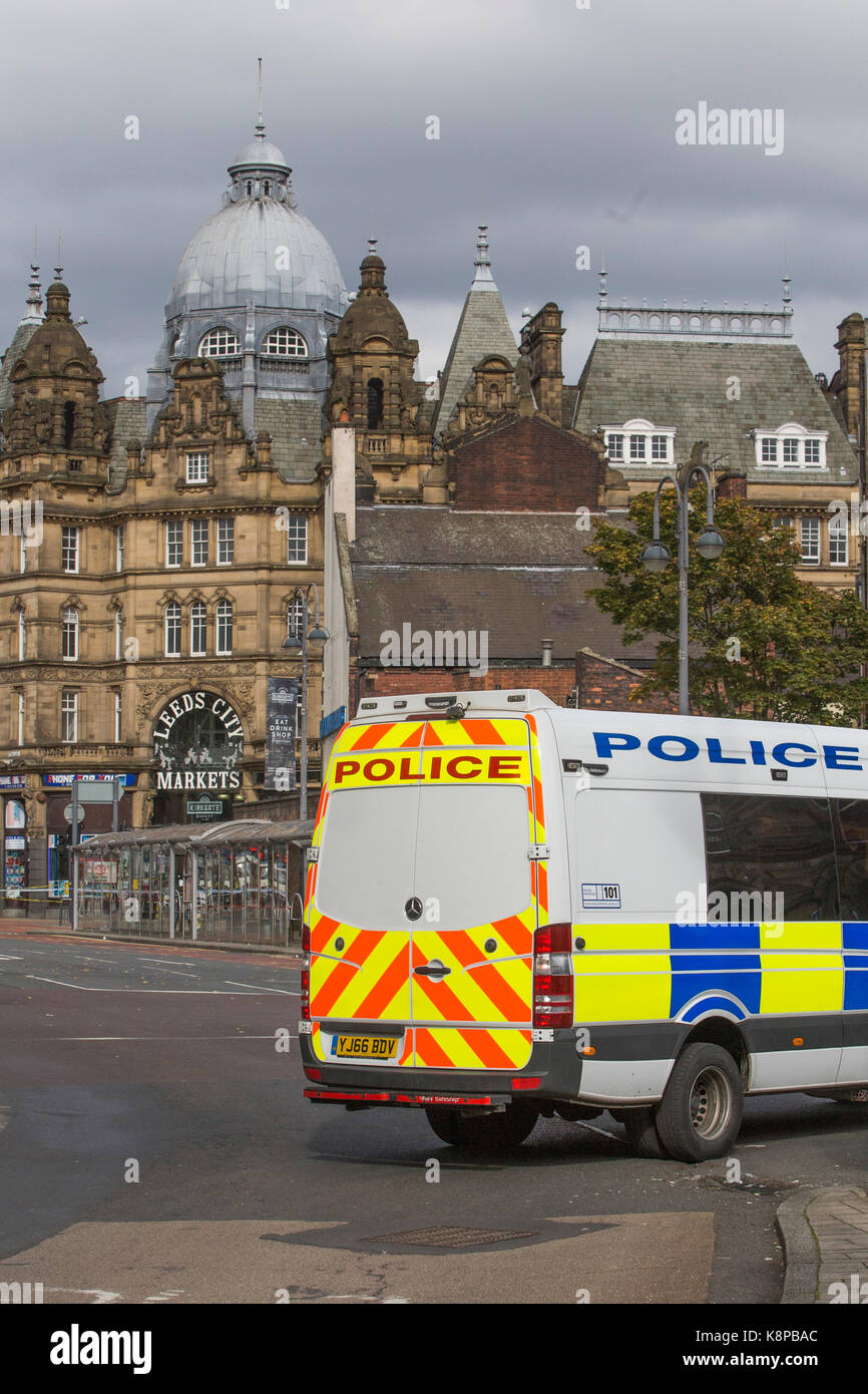 Leeds, UK. 20th Sep, 2017. he Bomb squad were called to attend a suspect package found in Leeds city Market on 20 - Stock Image