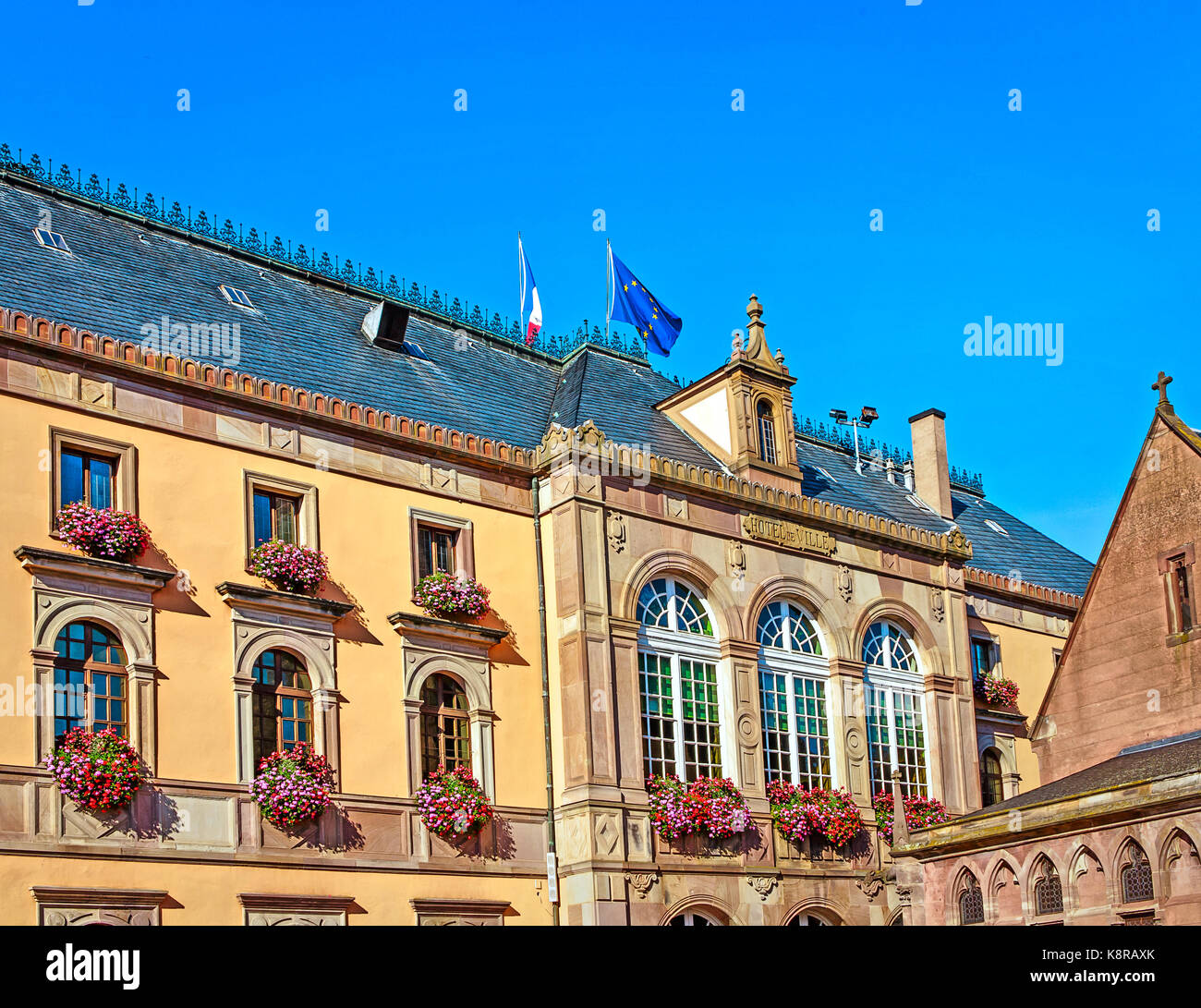 Neo-Renaissance style picturesque town hall at the market square in Obernai, near Strasbourg, Alsace, France - Stock Image