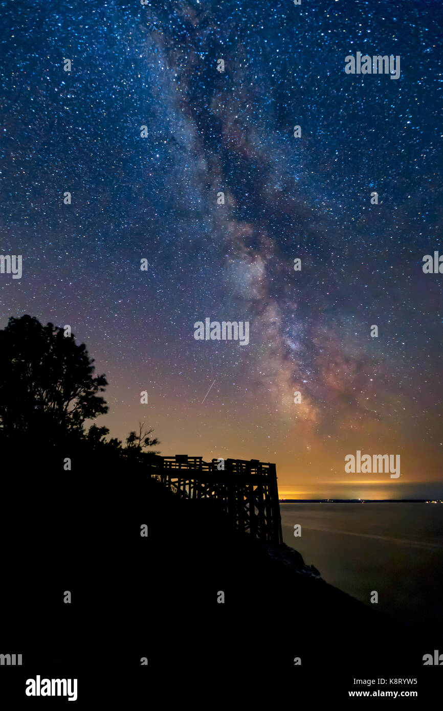 The Milky Way shines over Outlook #9 at Sleeping Bear Dunes National Lakeshore in Leelanau County. Empire Michigan - Stock Image