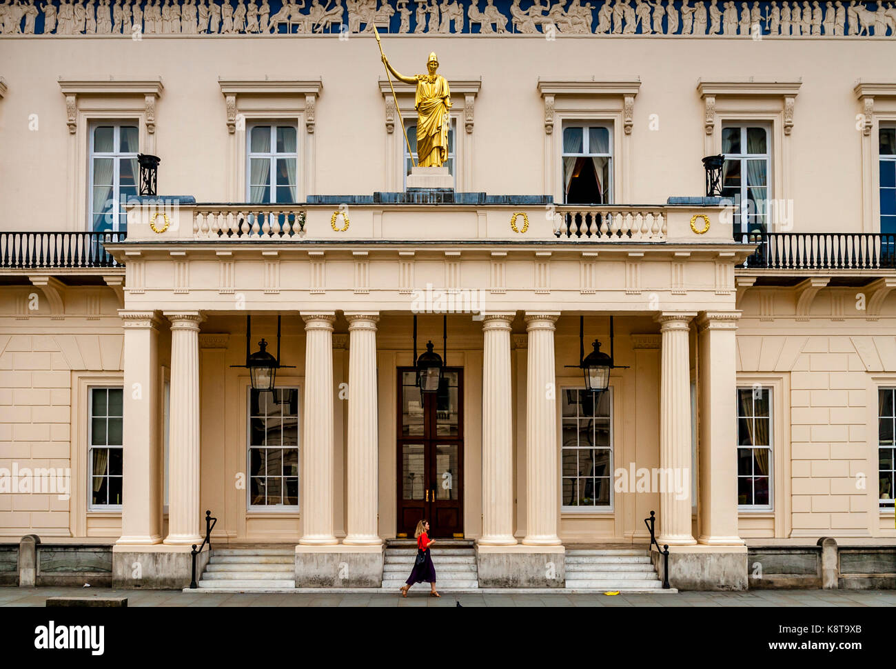 The Athenaeum Club, Pall Mall, London, UK - Stock Image