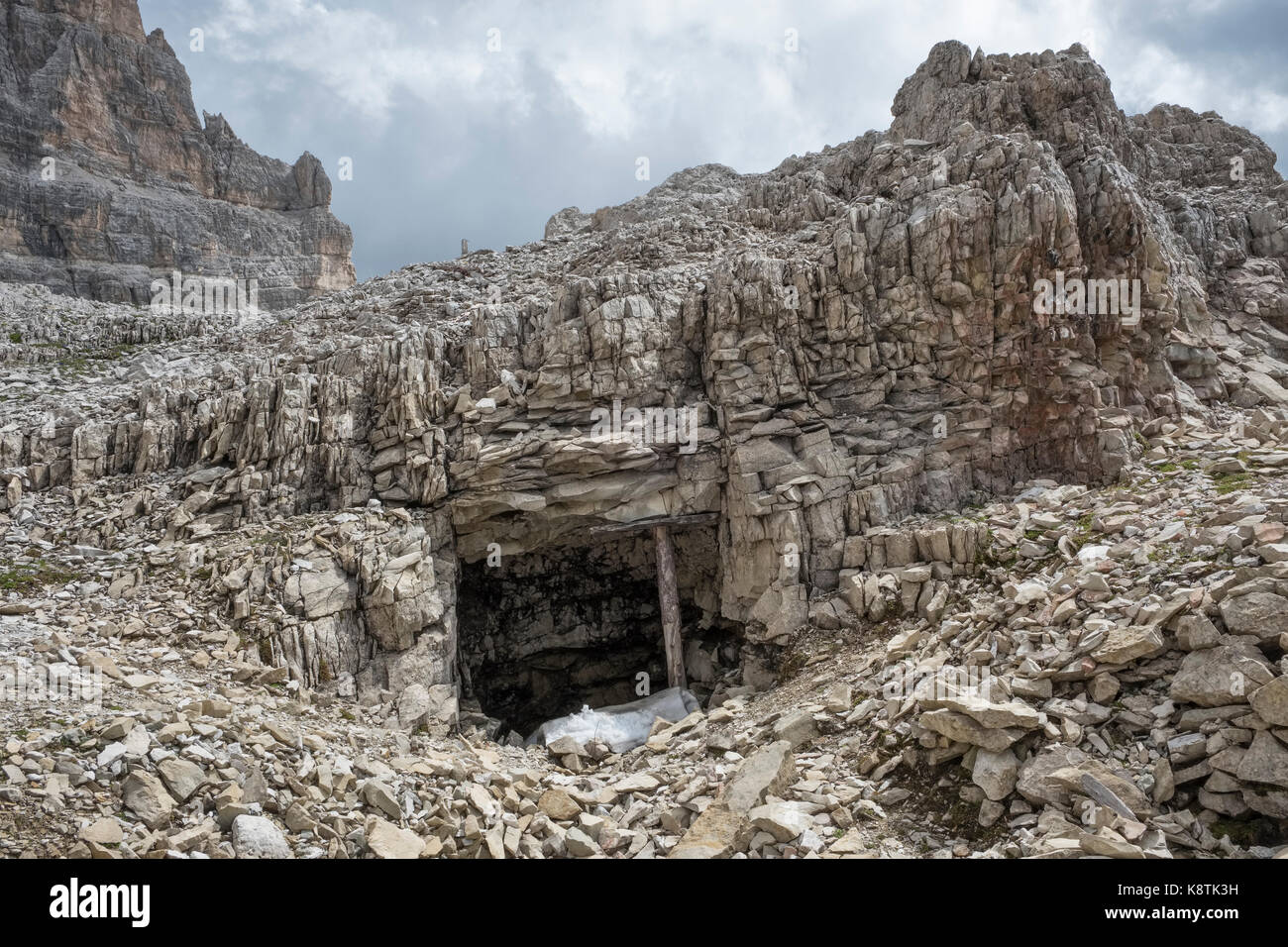 The Dolomites, Northern Italy. First World War dugout on the high altitude front line between Italy and Austria - Stock Image