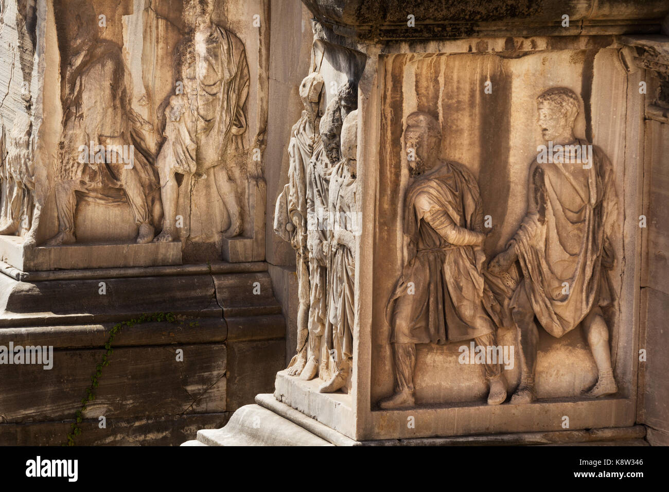 Reliefs of the Parthian prisoners of war - Arch of Septimius Severus - Rome - Stock Image