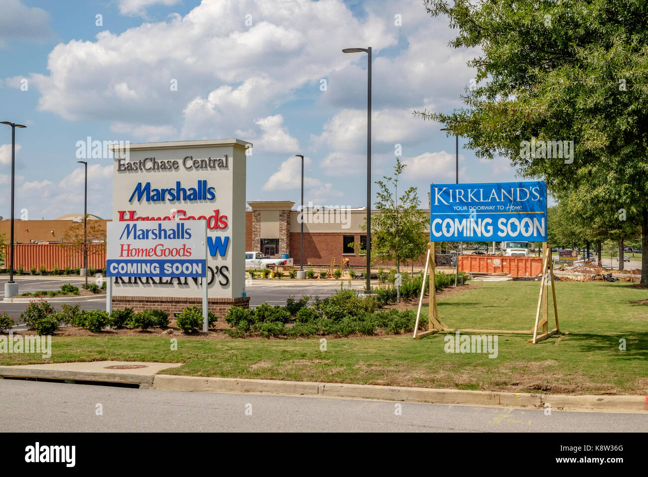 Coming Soon Signs For The New Eastchase Center Shopping Center Montgomery Alabama Usa For Kirklands Marshalls Home Goods And Five Below Stores