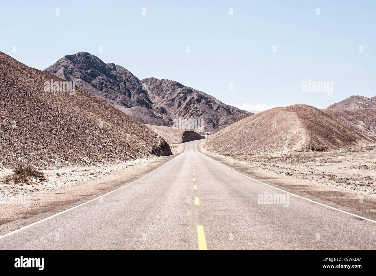 Panamerican Highway (Carretera Panamericana Sur). Palpa, Department of Ica, Peru. - Stock Image