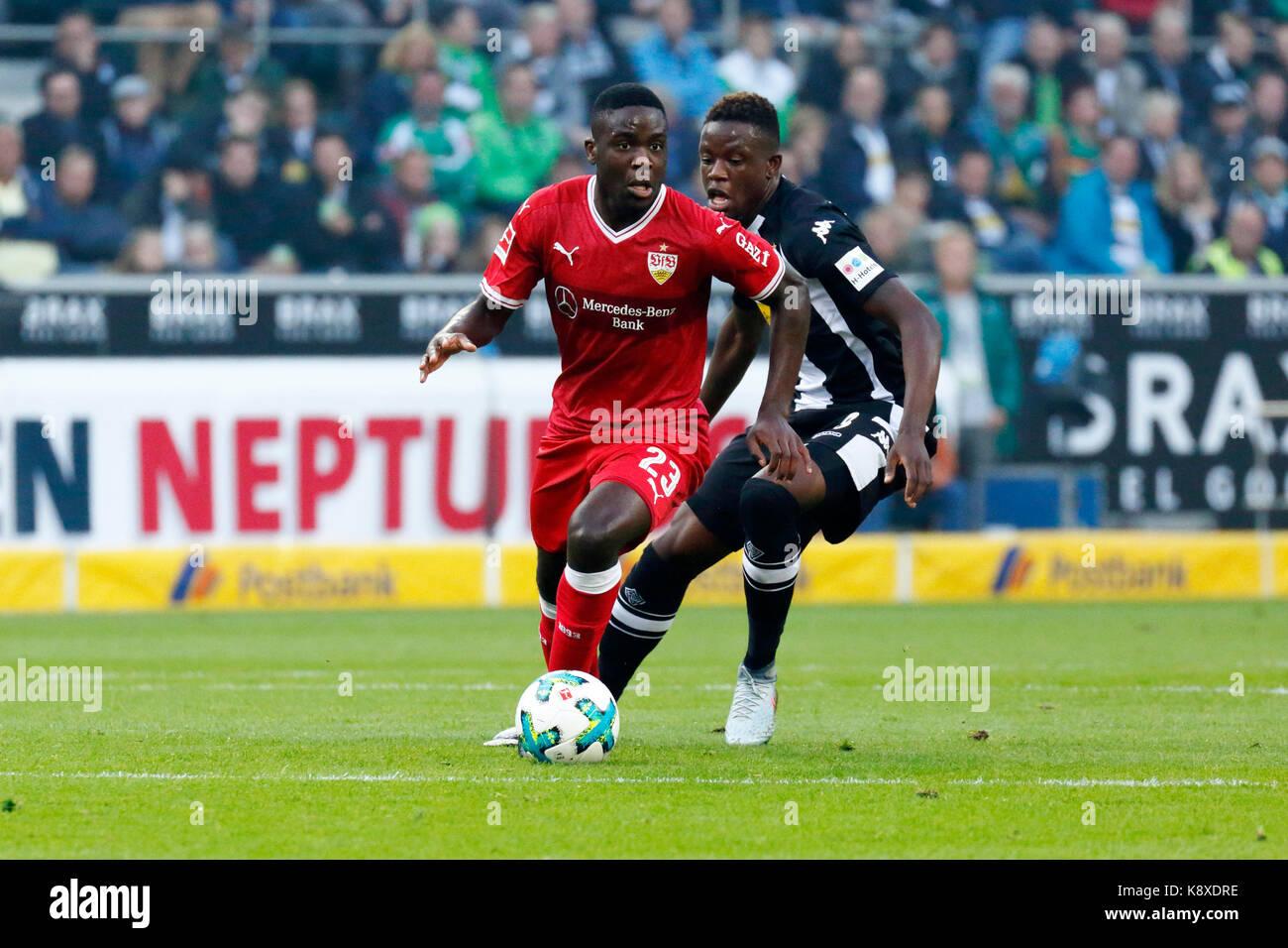 sports, football, Bundesliga, 2017/2018, Borussia Moenchengladbach vs VfB Stuttgart 2:0, scene of the match, Orel - Stock Image
