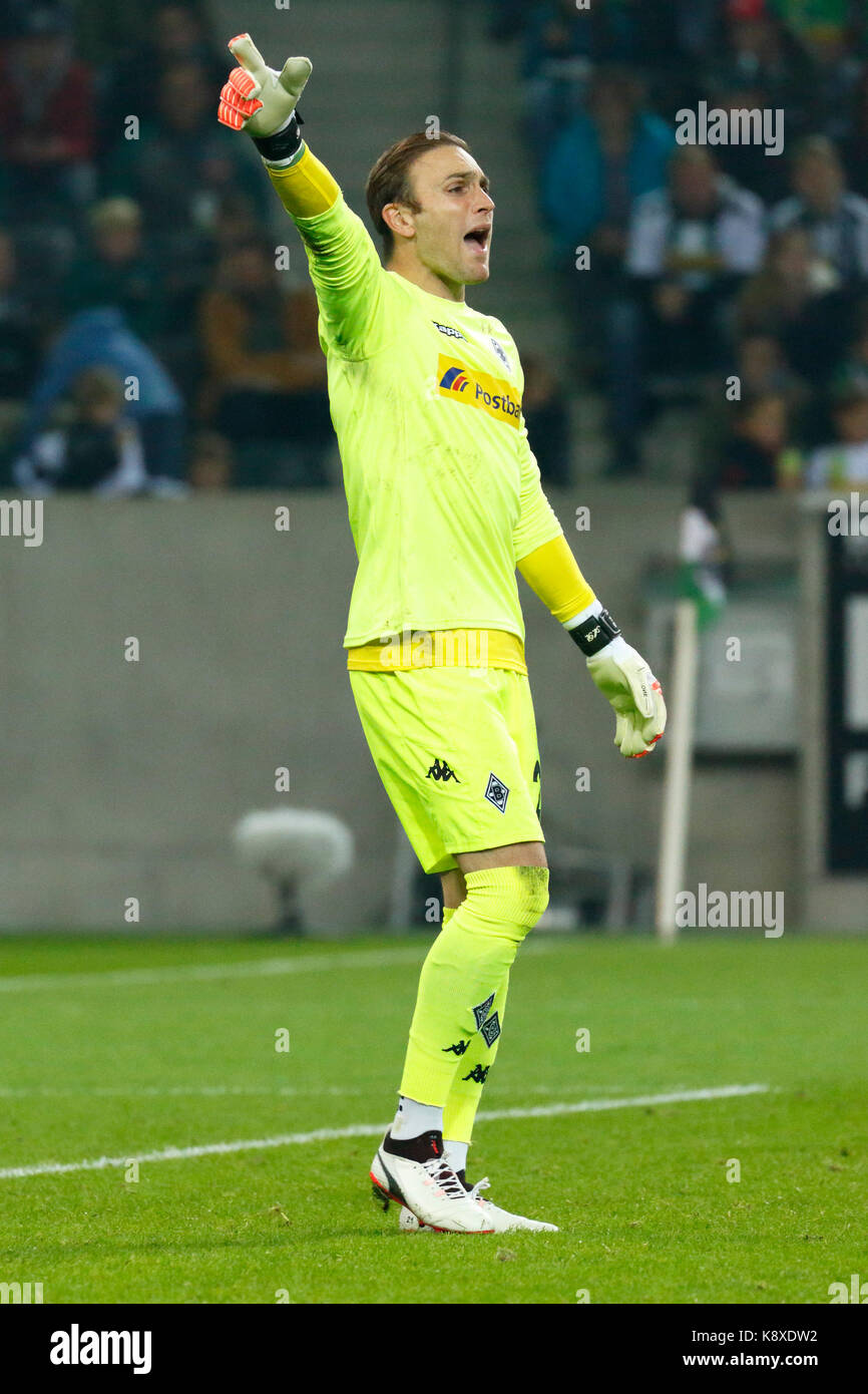 sports, football, Bundesliga, 2017/2018, Borussia Moenchengladbach vs VfB Stuttgart 2:0, scene of the match, keeper - Stock Image